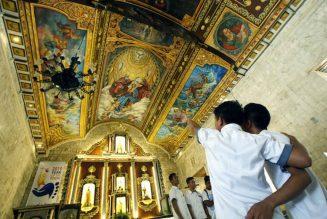Philippines : une nouvelle fresque orne le plafond de l'église de Bantayan