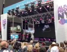 Une échographie sur écran géant à New York pour défendre la vie