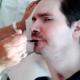 Une vidéo montre Vincent Lambert en train de manger avec une cuillère
