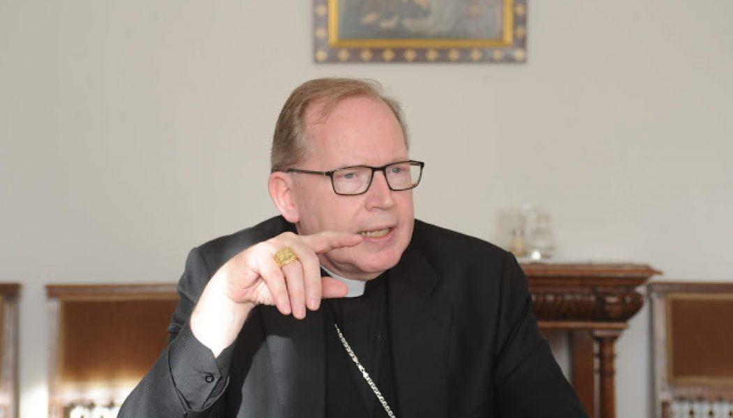 Face à l'apostasie dans l'Eglise, les laïcs doivent parler