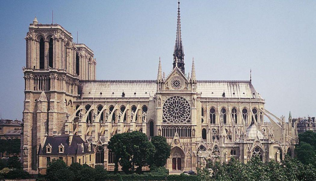 Le quotidien La Croix promeut la désacralisation de Notre-Dame ! Cathc3a9drale-notre-dame-de-paris-3-1050x600