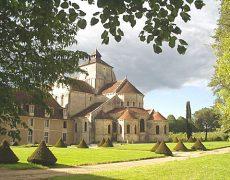 Choeur des moines de l'abbaye Notre Dame de Fontgombault