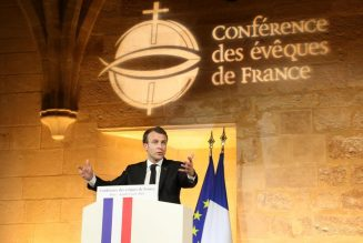 La Conférence des évêques de France est en droit de dire au gouvernement que chaque évêque décidera ce qu'il y a lieu de faire dans son diocèse