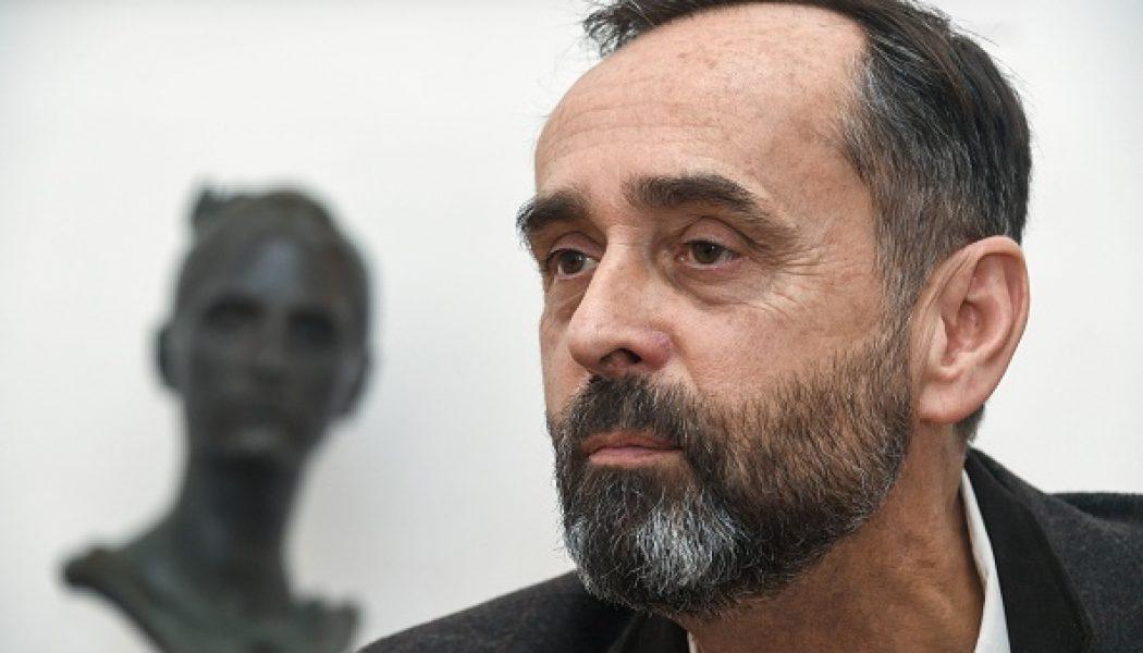 """Robert Ménard : """"Une partie de l'Église est une association humanitaire pro-migrants"""""""