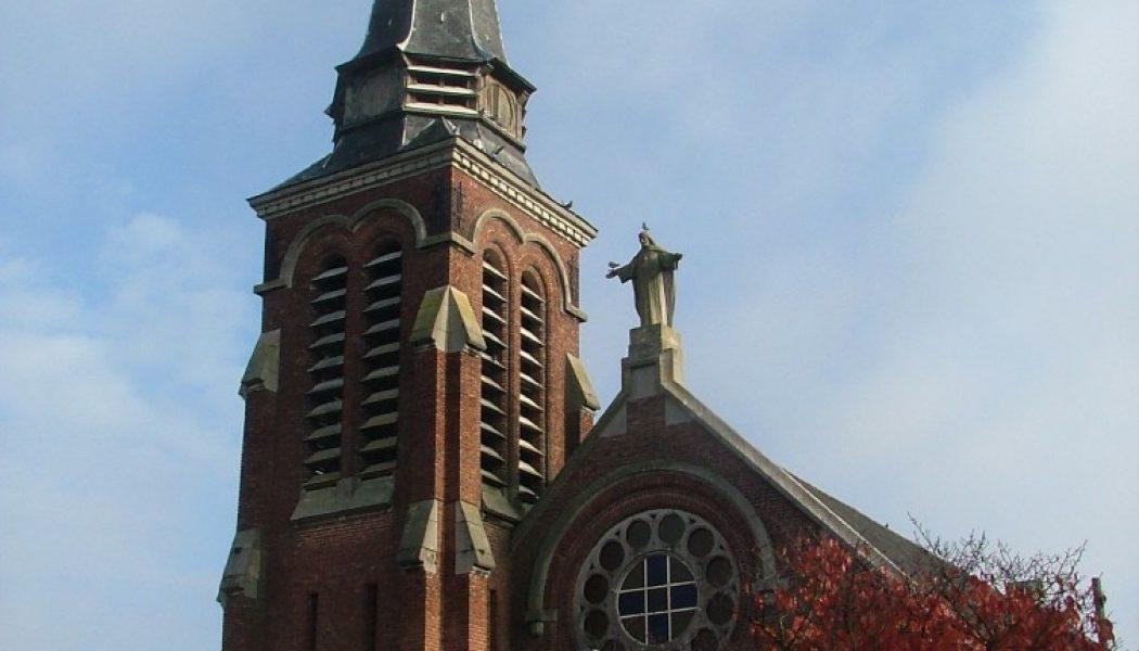 Douai : des habitants se mobilisent pour sauver l'église
