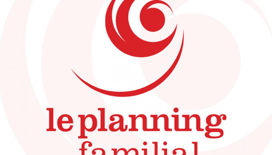 Valérie Pécresse signe une convention de partenariat avec le Planning familial