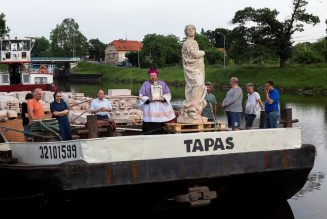 Projet de réinstallation d'une colonne dédiée à la Vierge Marie dans le centre historique de Prague