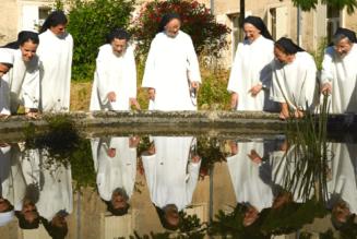Le monastère de Taulignan : des dominicaines entre plantes aromatiques et senteurs de la Drôme