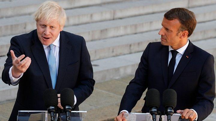 """Boris Johnson à Macron : """"Si vous organisez un référendum, il faut suivre les instructions des électeurs"""""""