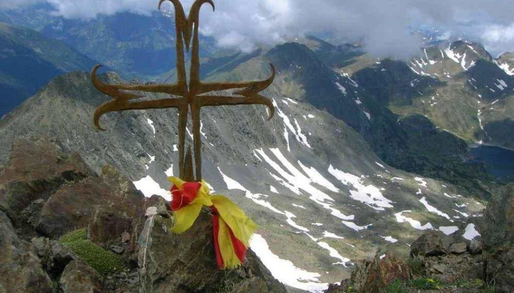 L'armée n'installera plus de croix religieuses sur les sommets des montagnes catalanes ?