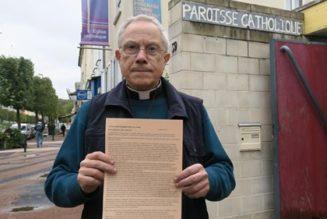 Un curé qui mobilise ses paroissiens contre l'extension de la PMA