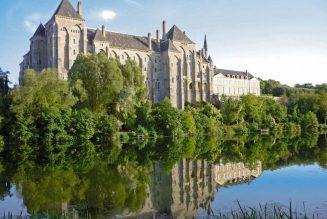 Un moine de Solesmes écrit à Emmanuel Macron