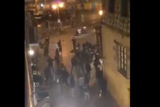 Les fascistes du régime ont attaqué… des jeunes qui ont monté un magazine