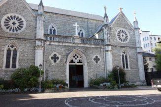 Christophe Castaner interpellé sur les dégradations d'églises