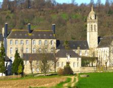 L'abbaye Notre-Dame-De-Grâce de Bricquebec : son histoire et ses pâtés