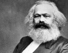 L'idéologie communiste n'est pas d'abord un économisme mais une volonté féroce de conquête du pouvoir