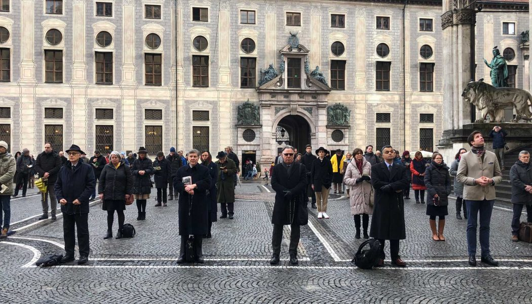 Acies Ordinata organise une prière silencieuse à Munich