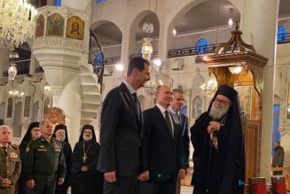 Et pendant ce temps, Poutine célèbre Noël à Damas