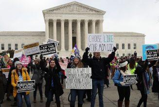 Etats-Unis : 207 parlementaires pour reconsidérer voire annuler l'arrêt sur l'avortement