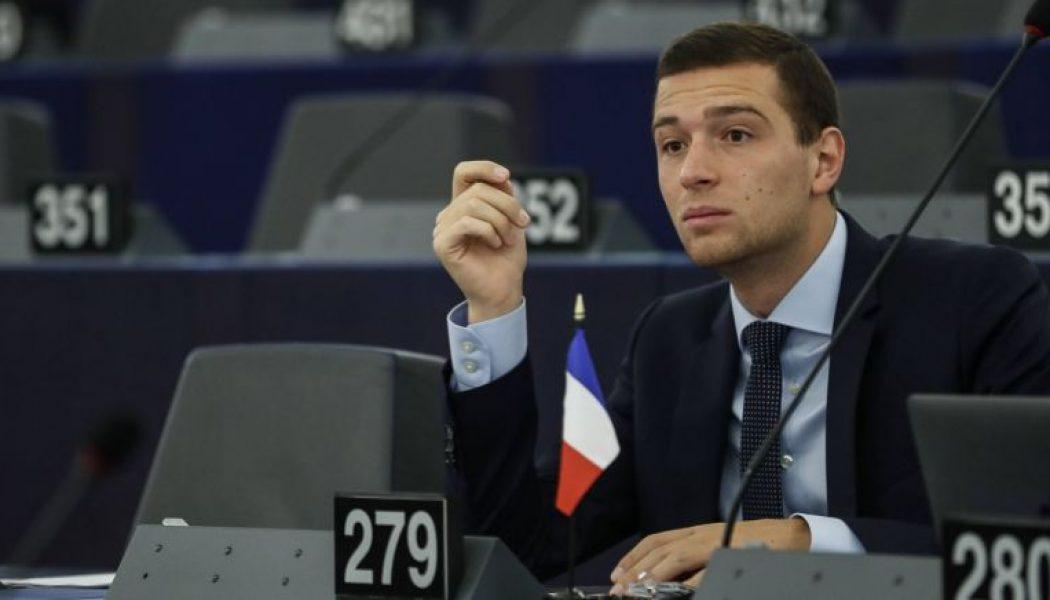 Les drapeaux et symboles nationaux désormais interdits du parlement européen ?