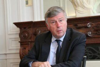 Un préfet hostile au projet de loi bioéthique convoqué par le ministre
