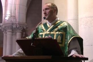 Les prêtres doivent-ils se marier ?