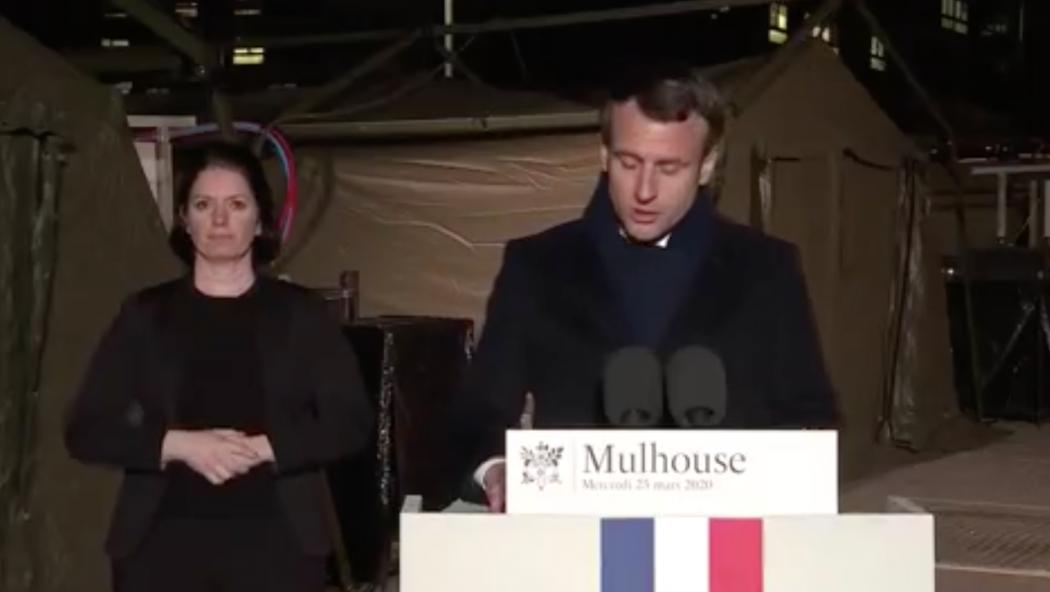 Emmanuel Macron, chef d'une guerre… de communication