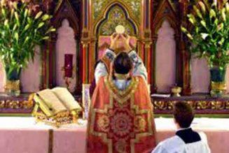 Maintenir messe et communion ?