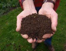 Chronique des cinglés: et maintenant le compost humain!