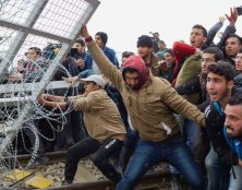 L'archevêque catholique d'Athènes et président de la Conférence des évêques de Grèce accuse l'UE d'abandonner son pays face à l'afflux d'immigrés