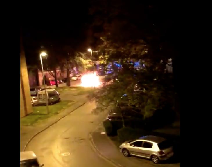 Nouvelle nuit d'émeutes dans les quartiers de l'immigration
