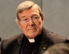Le cardinal George Pell a été acquitté et est désormais libre