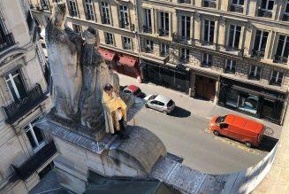 Bénédiction par le curé de Saint Roch à Paris