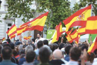 La colère monte contre les restrictions de liberté en Espagne