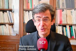 Mgr Bozo: le gouvernement mésestime la dimension religieuse de l'humanité