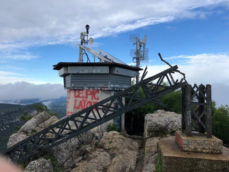 Le conseil général de l'Hérault s'engage à réparer la croix du Pic Saint-Loup