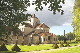 7 abbayes bénédictines posent une requête pour la liberté de culte