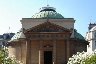 Les restes de 500 personnes décapitées reposeraient sous la Chapelle expiatoire