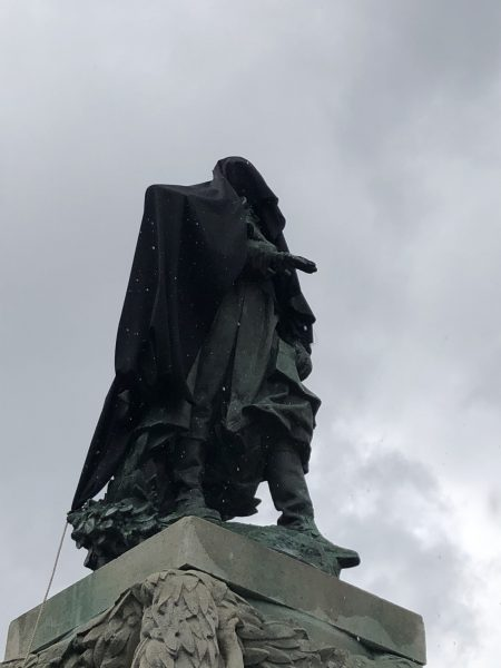Liberté, fraternités et histoire aseptisées