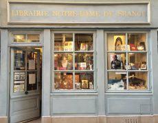 La librairie Notre-Dame de France ferme ses portes et liquide son stock