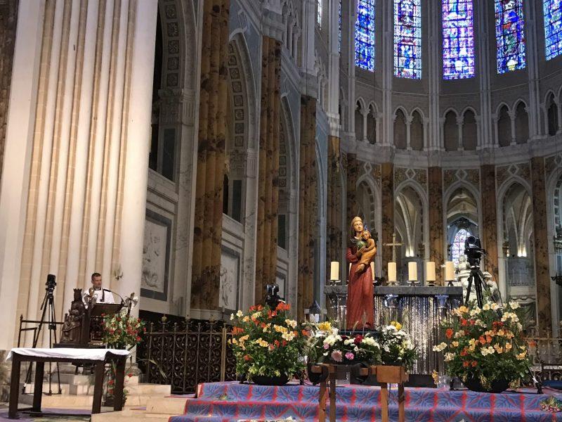 Les traditionalistes sont de plus en plus représentatifs de l'Eglise en France
