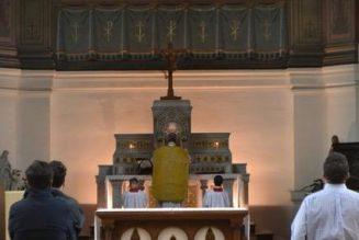 Messe selon la forme extraordinaire à Saint-Germain-en-Laye ?