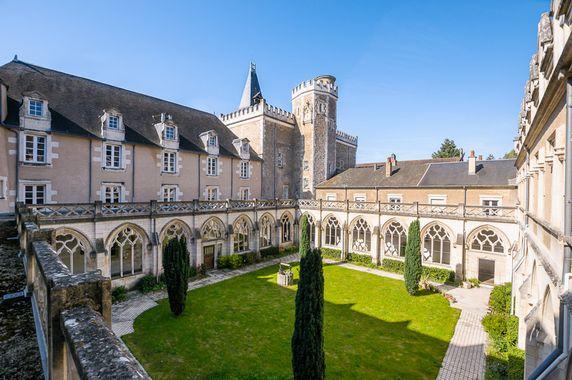 Tentative d'incendie volontaire à l'abbaye de Ligugé
