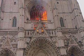 Incendie à la cathédrale Saint-Pierre-et-Saint-Paul de Nantes