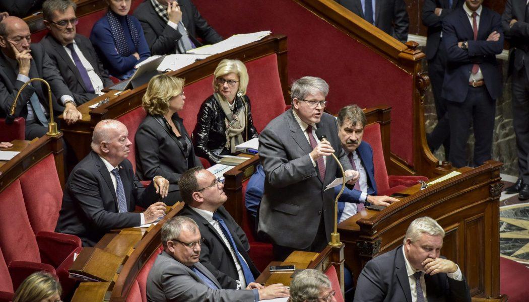 Le gouvernement se moque des urgences liées à la crise du COVID