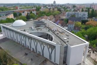 De moins en moins d'églises en France, de plus en plus de mosquées