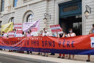 PMA-GPA : manifestation à Lyon contre la loi de bioéthique
