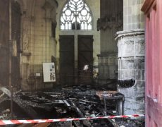 Le manque de discernement du recteur de la cathédrale de Nantes est aussi à l'origine de cette catastrophe