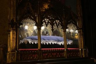 589 ans après sa mort et 100 ans après sa canonisation, Jeanne d'Arc franchit les portes de Paris