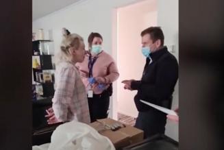 Australie : une femme enceinte arrêtée à son domicile devant ses enfants pour avoir annoncé une manif anti-confinement